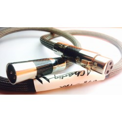 A. Charlin câble AES 4000 MKII